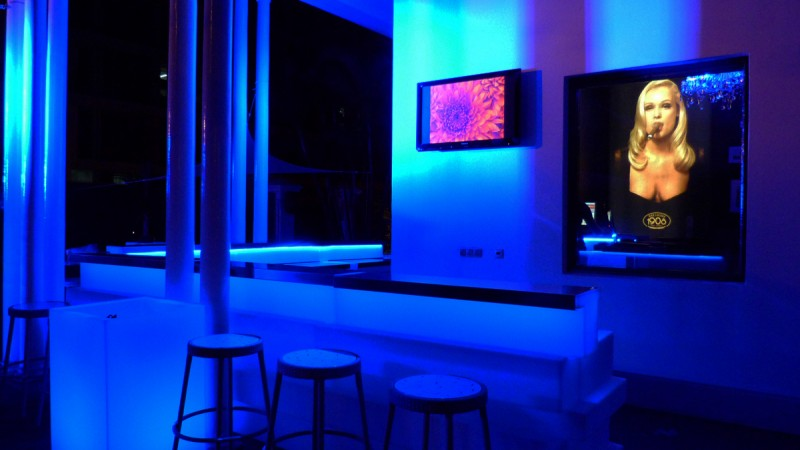 installation systeme video bar lounge grenoble